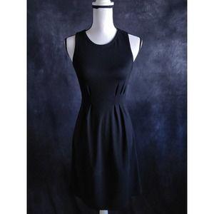 Theory Black Pleated Sleeveless Midi Dress S